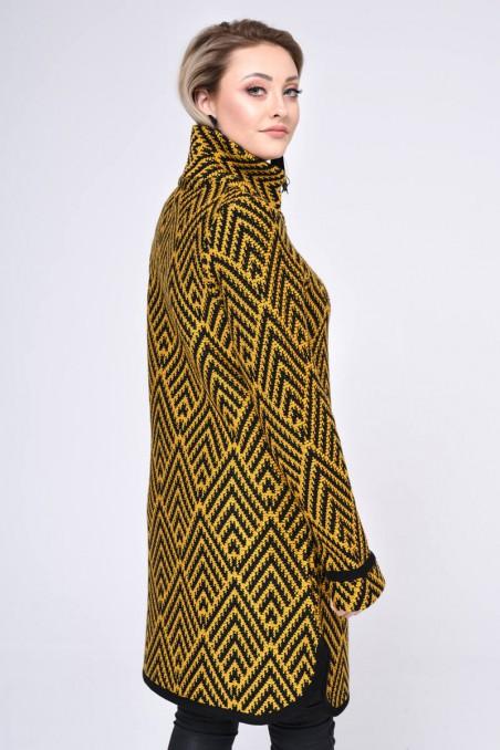 Szykowny płaszcz zapinany na guziki, musztarda wzorzysty