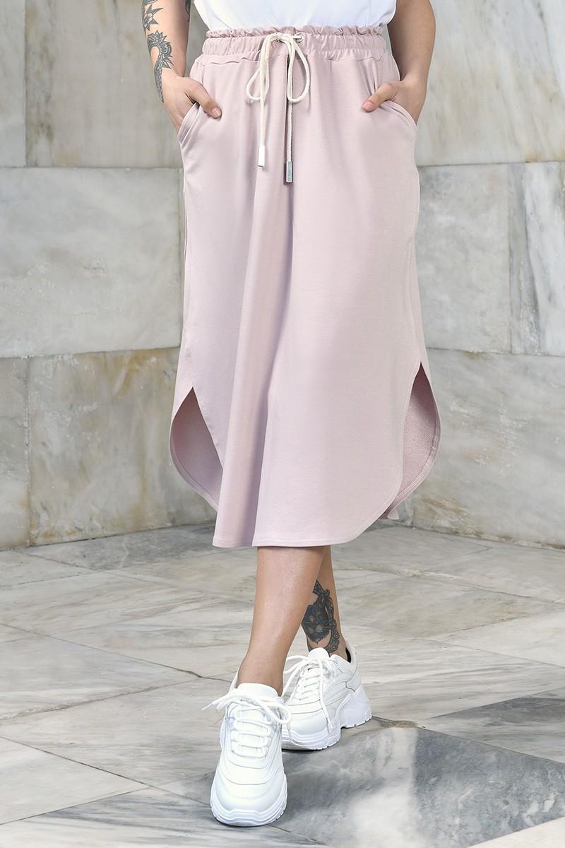 Luźna sportowa spódnica midi z gumką w pasie